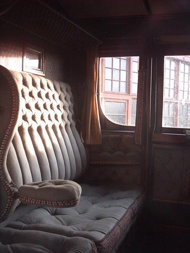 L'intérieur de la voiture de 1ère classe de la rame Saint-Germain