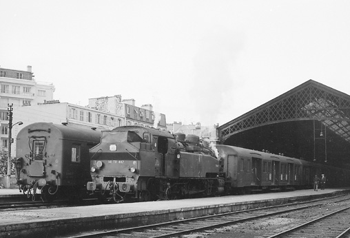locomotive à vapeur 141 TB à la Bastille le 25.10.1969 Photo Defrance