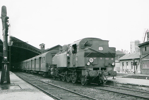 locomotive à vapeur 141 TB 432 le 25.10.1969 Photo Defrance