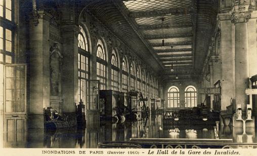 innondations paris 1910 gare invalides intérieur