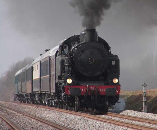 locomotive à vapeur 141 TB 407 en ligne train d'essai du 17 Mars 2010