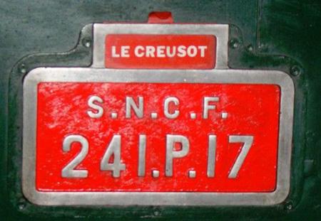 La plaque de la 241 P 17 du Creusot