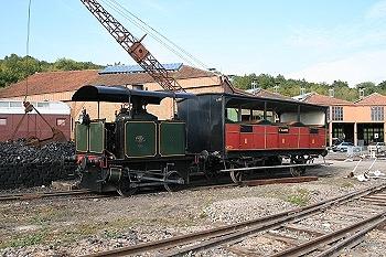 La locomotive Suzanne et la voiture de 2eme classe de la rame Saint Germain